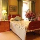 Deutscher Walmsley Homecare Electric Hi-Lo Bed - Commercial Range