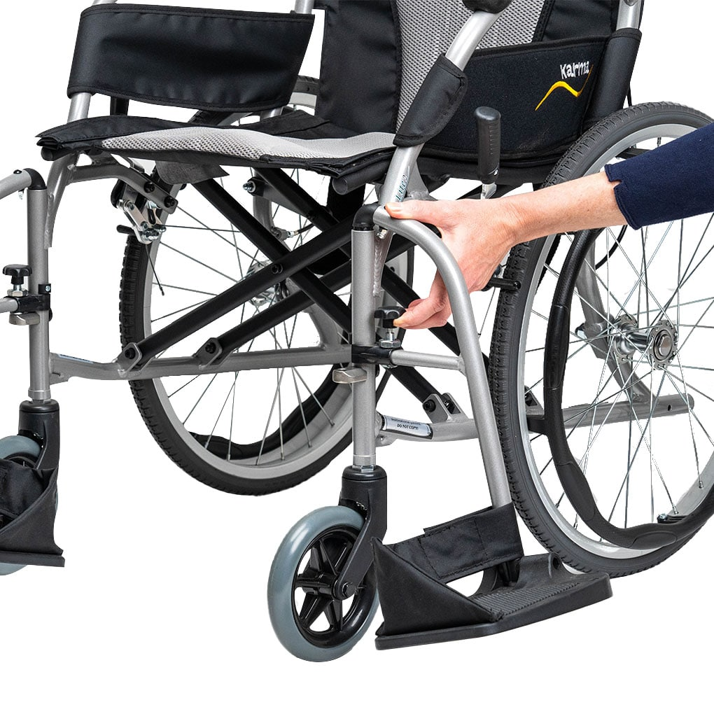 Karma Ergo Lite Deluxe - Swingaway and removable leg rests